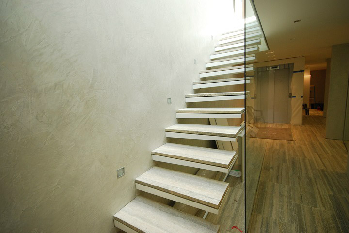 cantilevered-stairs